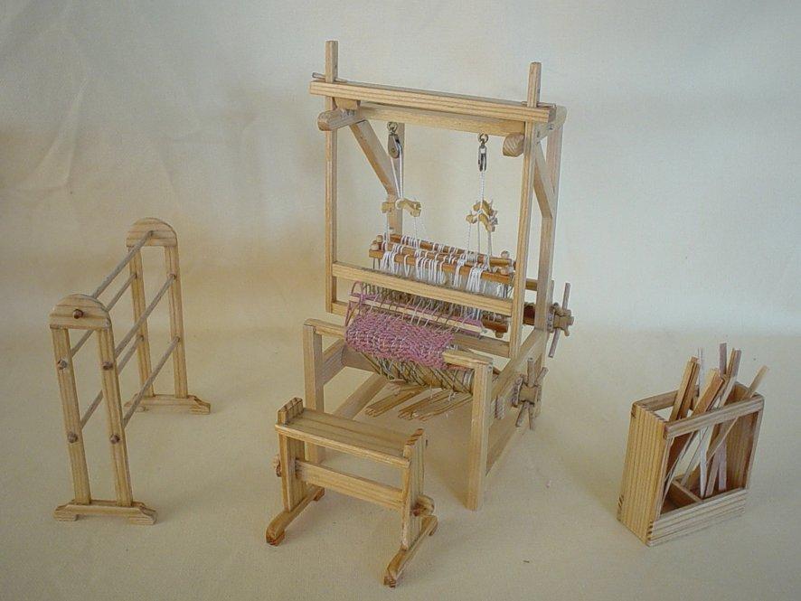 01-weaving loom