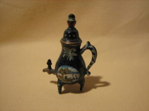Tea room corner-coffee-pot-05