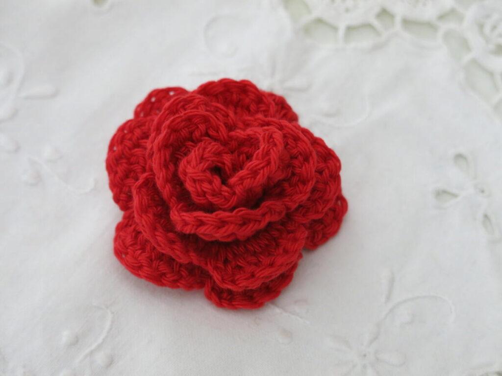 Crochet a rose